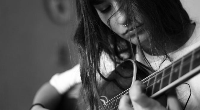 Nina Moth, vocalista de la banda de posthardcore illinoise, vindrà en format acústic